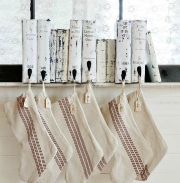 DIY-vintage-book-stocking-holder.jpg