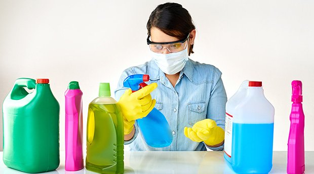 toxic-cleaning-productsFeature2.jpg
